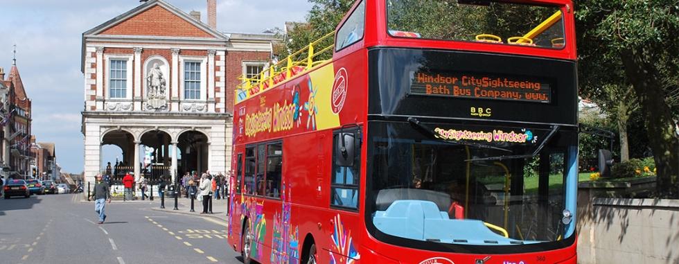 sightseeing-windsor-bus-tour